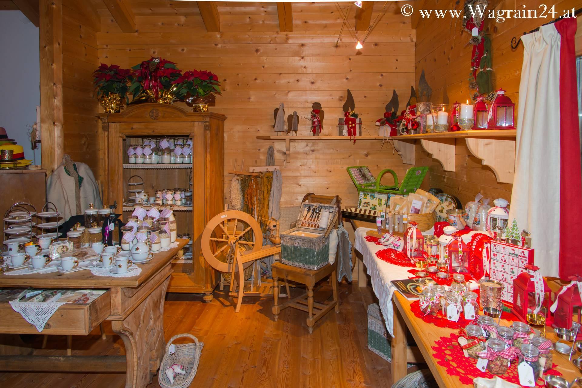 weihnachts deko markt im spinn webhaus am unterwimmhof wagrain weihnachts deko markt 2014. Black Bedroom Furniture Sets. Home Design Ideas