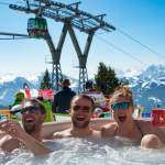 Fun im Whirlpool - Snowvolleyball Tour Wagrain