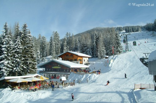 Berghofalm im Winter 03