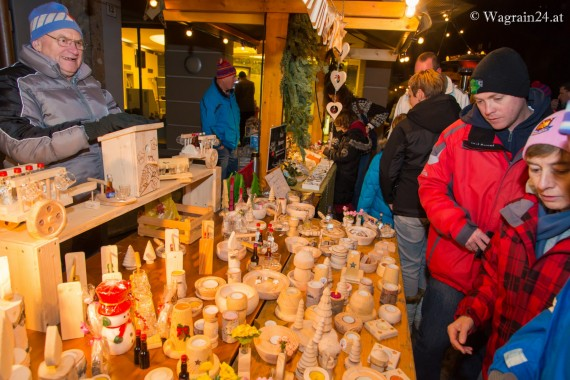 Rudi Hammer am Adventmarkt in Wagrain